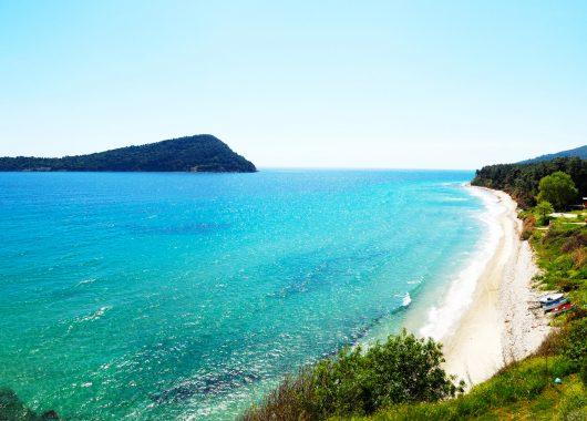 Griechische Inseln: 1 Woche Thassos im 3*Hotel mit Frühstück, Transfers und Flug ab 326€