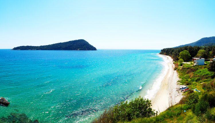 Griechische Inseln: 1 Woche Thassos im 3*Hotel mit Frühstück, Transfers und Flug ab 390€
