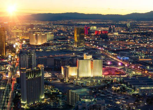März: 8 Tage Las Vegas im Stratosphere Hotel mit Flug ab 699€