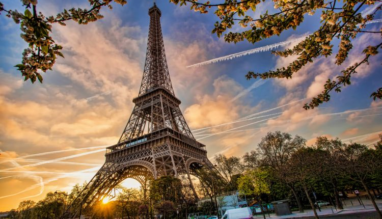 Paris: 3 Tage zu zweit im 3* Hotel inkl. Frühstück und Bootsfahrt ab 99€ p.P.