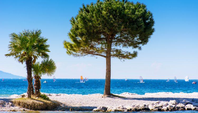 Gardasee: 4 Tage im 4*Hotel inkl. Frühstück, Parkplatz und direktem Strandzugang ab 114€ pro Person