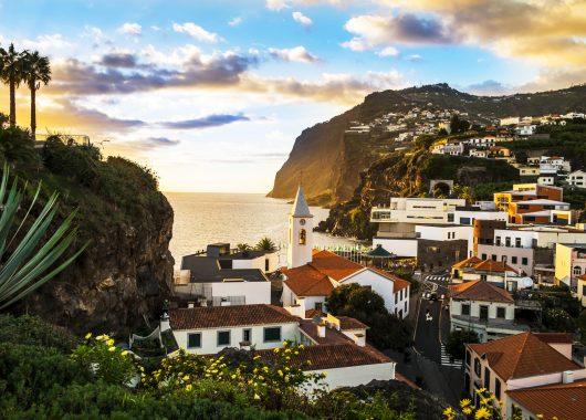 1 Woche Madeira im 4* Hotel inkl. HP, Flug und Transfer ab 415€