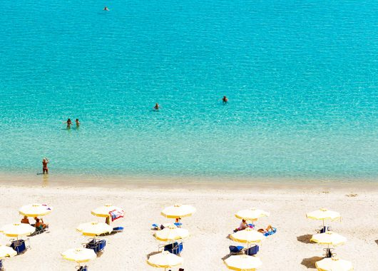 Chalkidiki: 7 Tage All Inclusive im 3* Hotel inkl. Flug, Transfer und Rail & Fly ab 315€