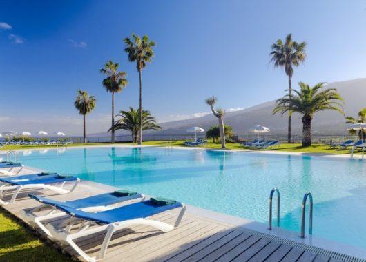 1 Woche Teneriffa im 4* Hotel inkl. HP, Flug, Rail&Fly und Transfer ab 349€