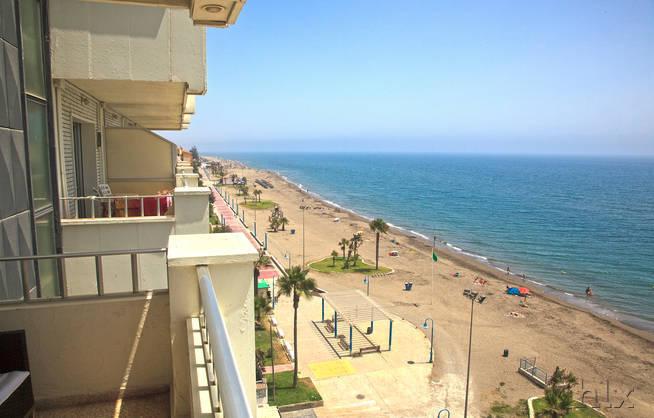 costa del sol 8 tage im 3 hotel direkt am strand inklusive flug transfer und fr hst ck ab 277. Black Bedroom Furniture Sets. Home Design Ideas