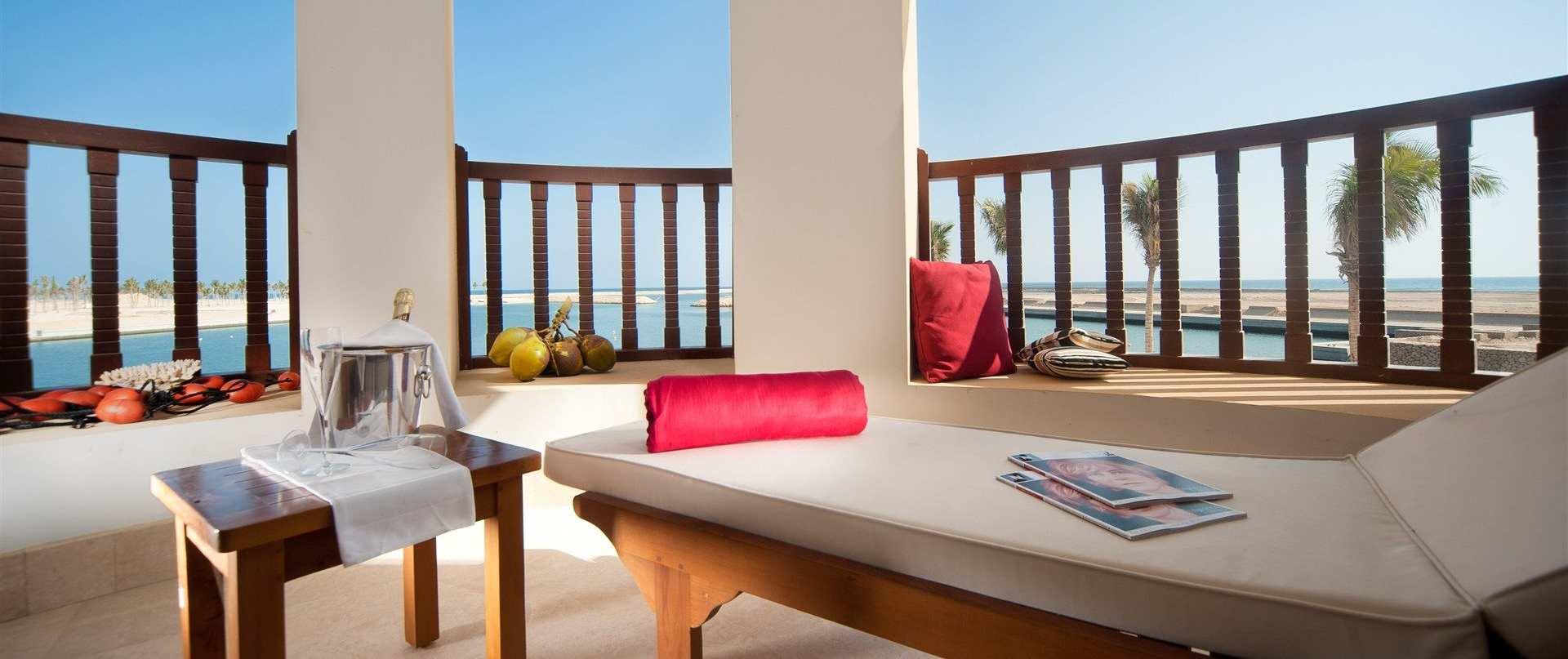 juweira-boutique-hotel-oman-marina-suite-terrace.jpg.1920x807_0_297_10000