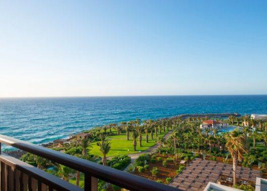 Eine Woche Kreta im Herbst: 4* Hotel inkl. HP, Flug, Rail&Fly u. Transfer ab 398€