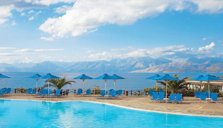 1 Woche Korfu im 4* Hotel mit All Inclusive, Flug, Rail&Fly und Transfer ab 380€