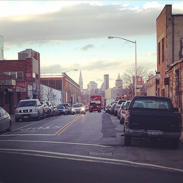 Blick von Williamsburg aus die Skyline von Manhattan