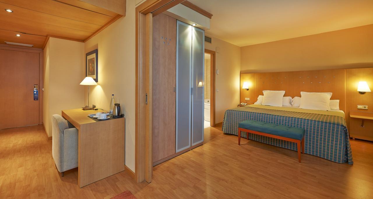 4 tage barcelona im 3 hotel mit flug ab 155. Black Bedroom Furniture Sets. Home Design Ideas