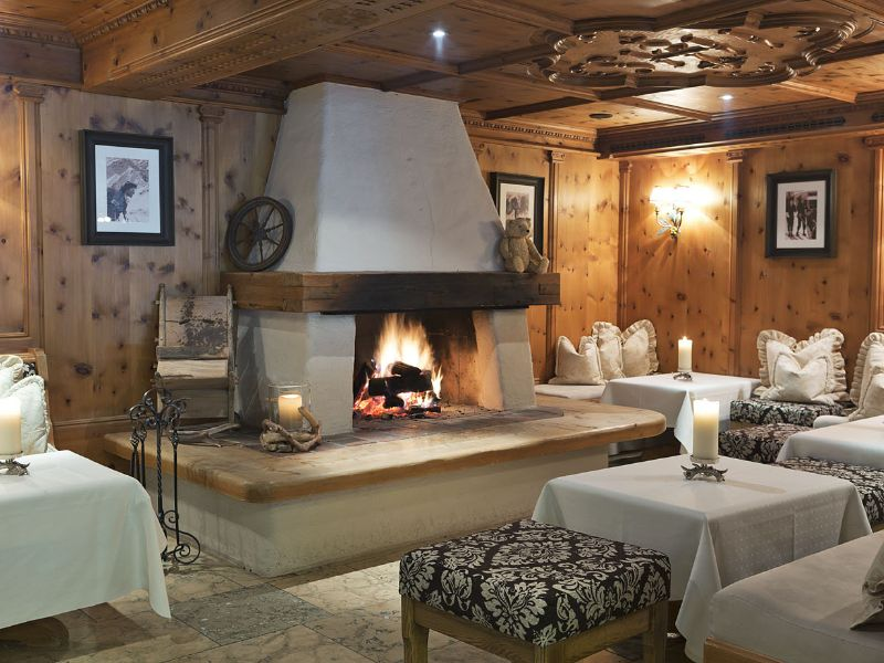 Natur_Hotel_Laerchenhof_Spa-Seefeld_in_Tirol-Hotel-Bar-3-26210