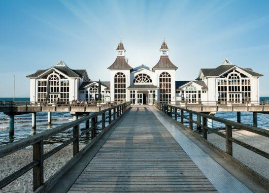 3 bis 4 Tage Rügen im Ostseebad Sellin: 3* Bäderstilvilla mit Sauna ab 129€ pro Apartment