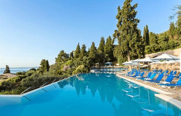 1 Woche Korfu im Mai: 4* Bungalow All Inclusive, Flug und Transfer ab 388€