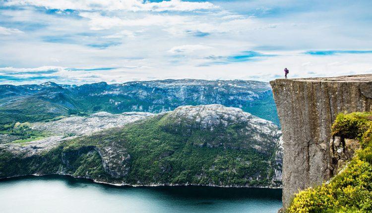 All you can fly: Mit Widerøe ab 299,75€ quer durch Norwegen fliegen
