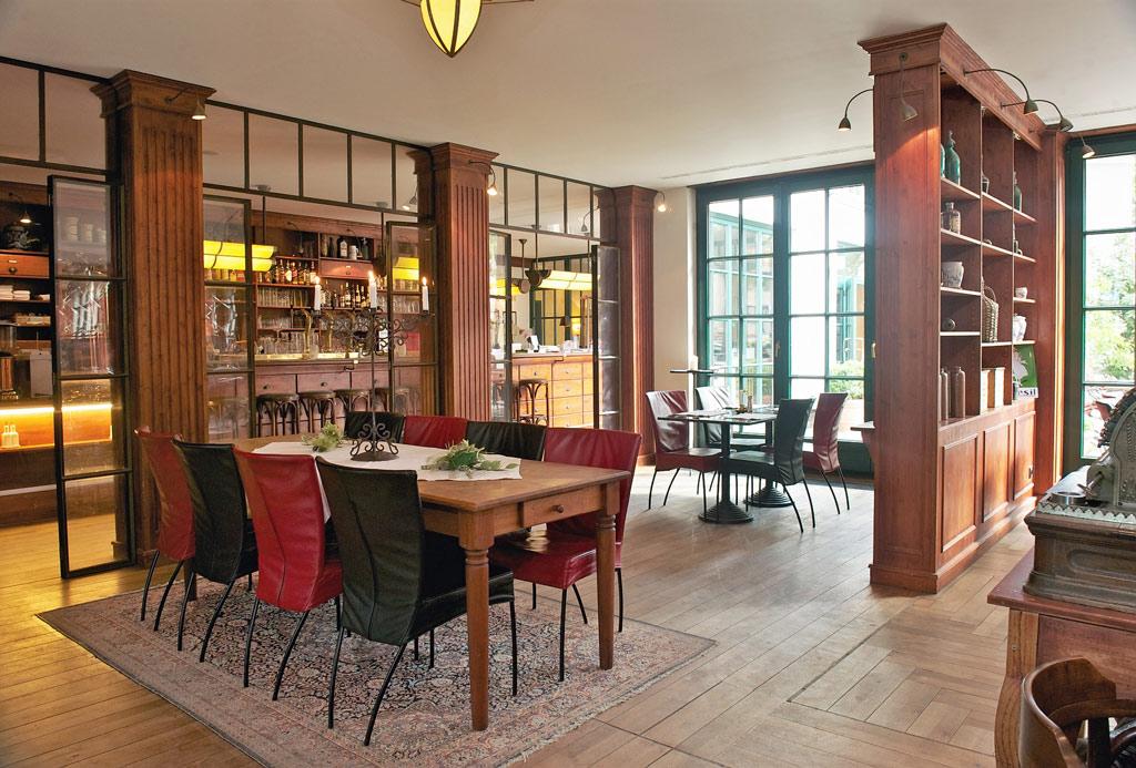 romantischer urlaub zu zweit auf r gen 3 tage im 4 hotel inkl fr hst ck leihfahrrad. Black Bedroom Furniture Sets. Home Design Ideas