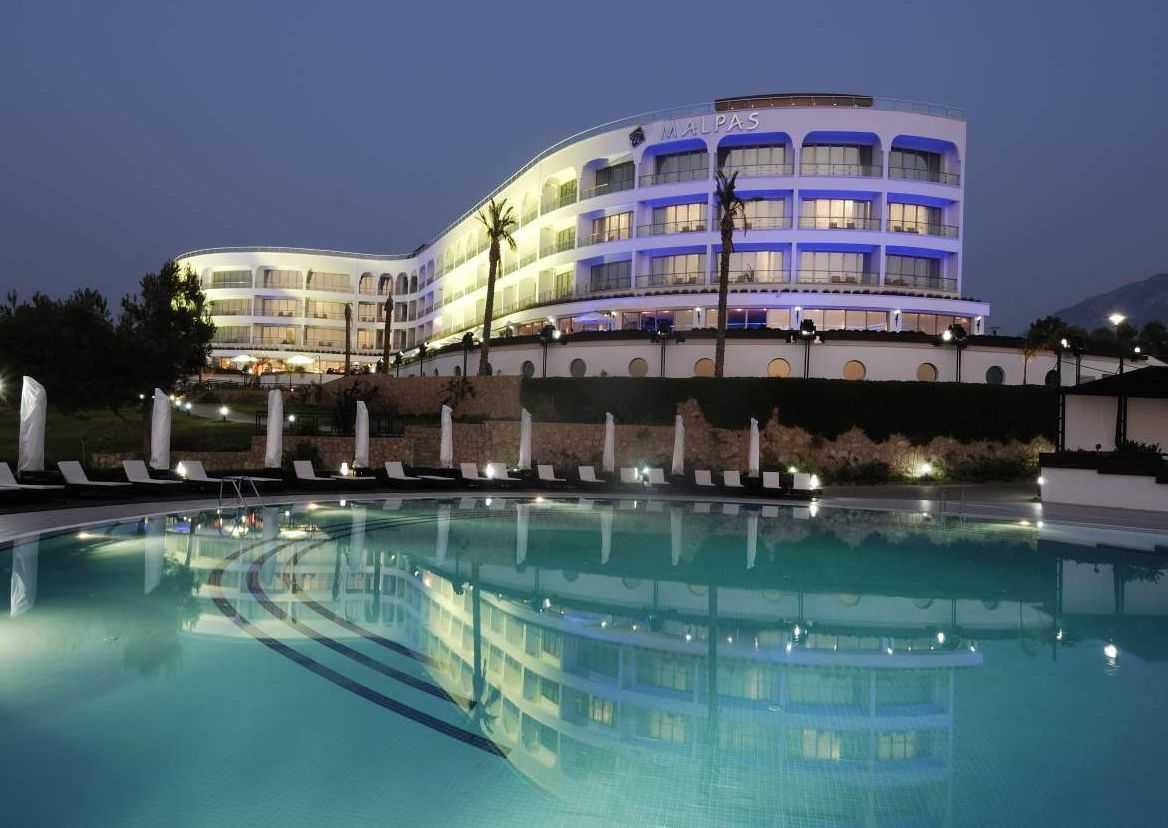 Malpas_Hotel_1