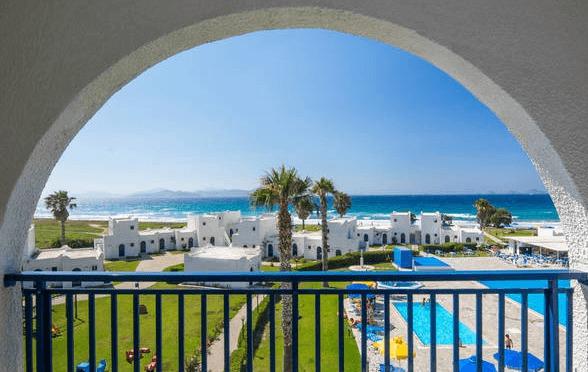 Juli: 1 Woche Kos im 4* Hotel inkl. Meerblick, Halbpension, Flug und Transfer für 455€