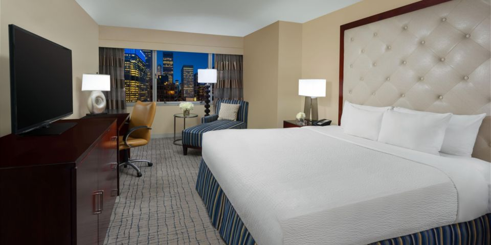 crowne-plaza-new-york-3878786798-2x1
