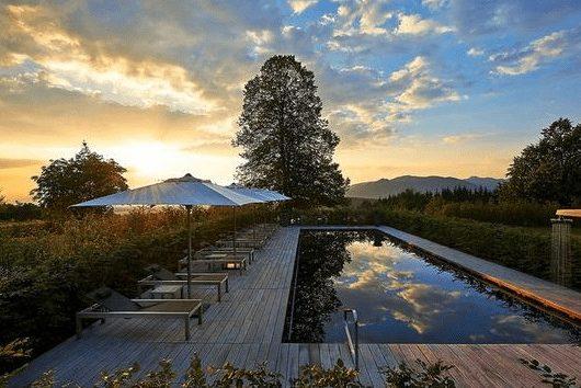 3 Tage am Tegernsee im 4* Golfhotel: Maisonette Suite, Frühstück und Dinner ab 156€
