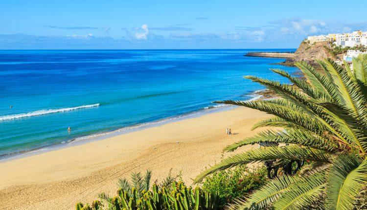 1 Woche Fuerteventura im Februar: 4* Hotel inkl. Halbpension, Meerblick, Flug, Transfer und Rail&Fly ab 426€