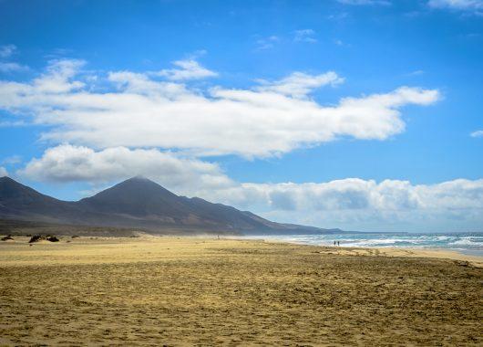 Eine Woche Fuerteventura im 4* Hotel mit All In, Flug, Rail&Fly und Transfer ab 364€