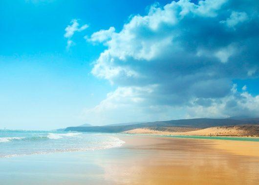 1 Woche Fuerteventura im 4,5* Hotel mit All In, Flug, Rail&Fly und Transfer ab 454€
