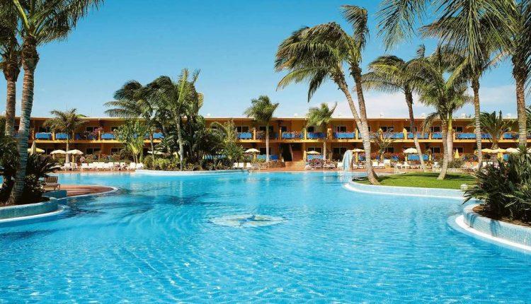 1 Woche Fuerteventura im 4* Hotel mit All In, Flug,Rail&Fly und Transfer ab 417€