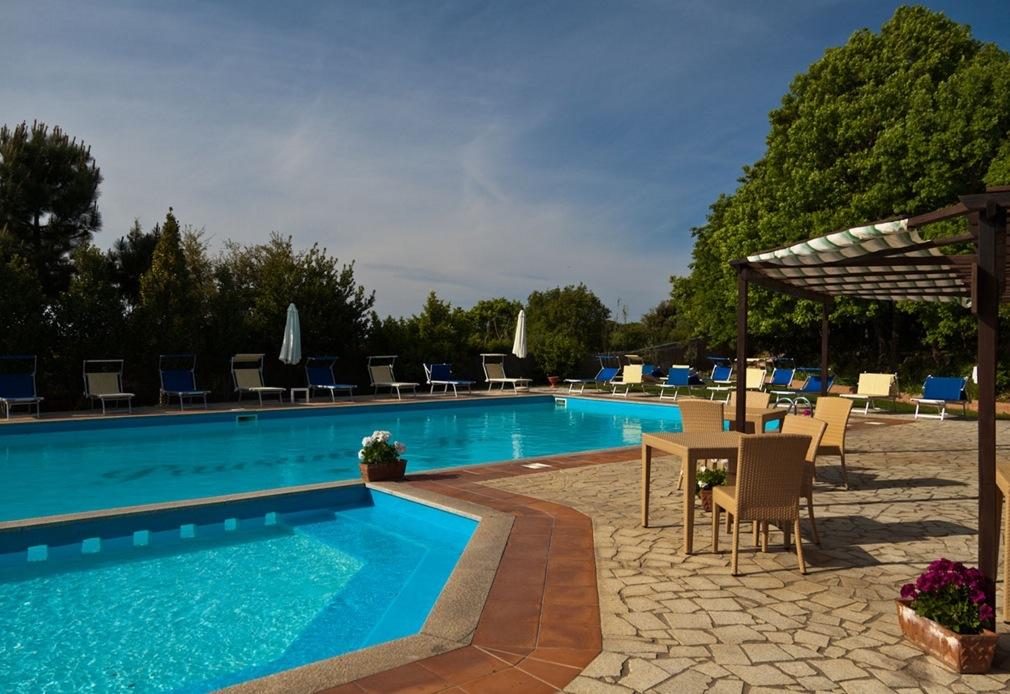 Flug Und Hotel Sardinien Mit Eurowings
