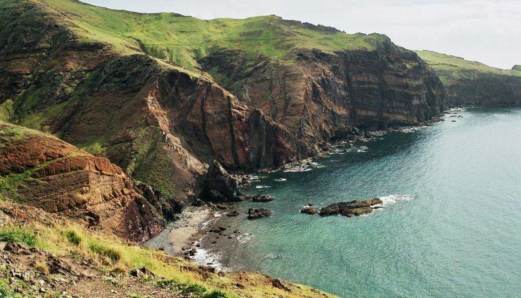 Last Minute Madeira im Januar: Unterkunft im 4*Hotel, Flüge, Transfers und Zug zum Flug ab 286€