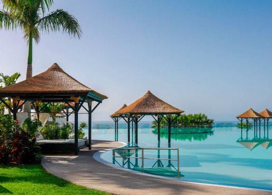 Luxus-Sommerurlaub auf Teneriffa: 1 Woche im 5* Hotel inkl. Frühstück, Flug und Mietwagen ab 855€