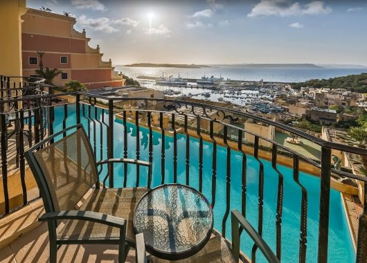 Eine Woche Gozo im Mai: 4* Hotel inkl. Frühstück, Flug, Rail&Fly und Transfer ab 327€