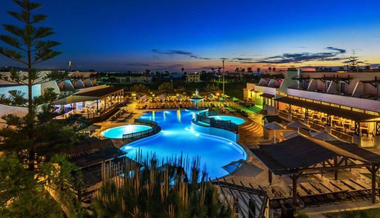 Kos im April/Mai: 1 Woche im guten 3.5* All Inclusive Hotel inkl. Flug und Transfer ab 334€