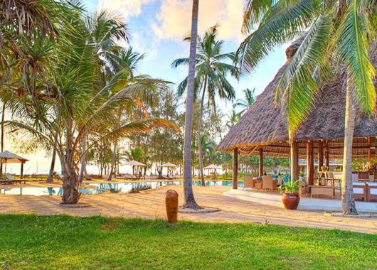 Sansibar im April/Mai: 8 Tage im sehr guten 4*Hotel inkl. Flug und Halbpension für nur 913€