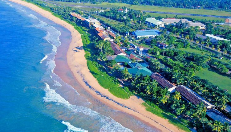 Sri Lanka: 14 Tage im guten 3* Hotel inkl. Flug, Rail & Fly, Transfer und Halbpension ab 828€