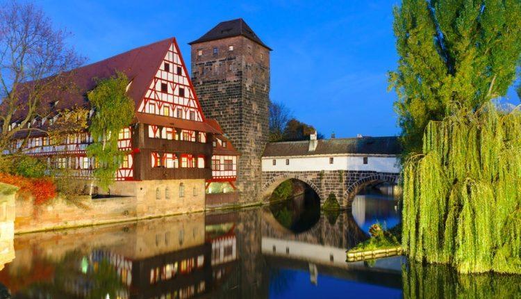 Nürnberg: 3 Tage im 4*Hotel mit Frühstück, Willkommensbier und Wasserbettmassage für 139€ zu zweit