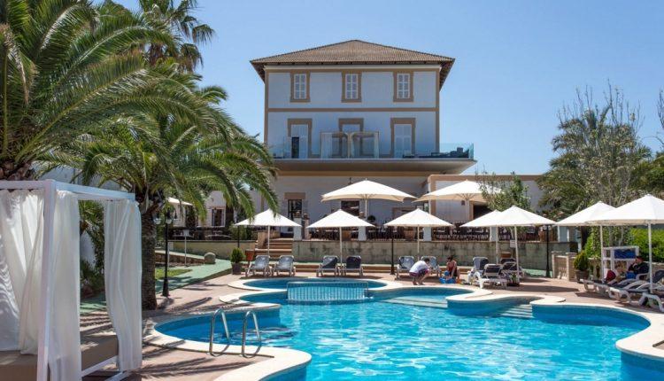 1 Woche Mallorca im Mai: 4* Herrenhaus inkl. Halbpension, Flug und Mietwagen ab 499€