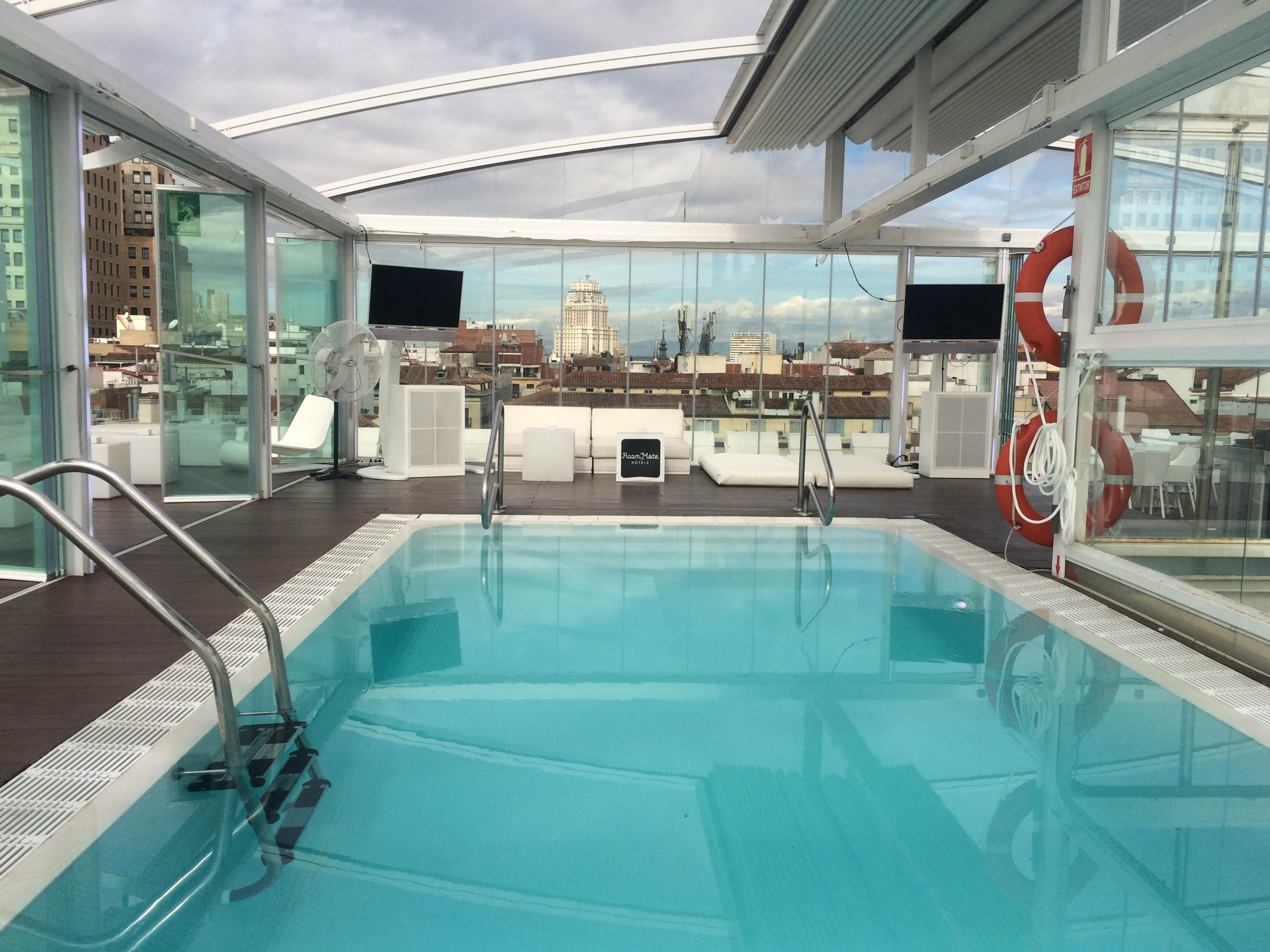 Madrid_pool