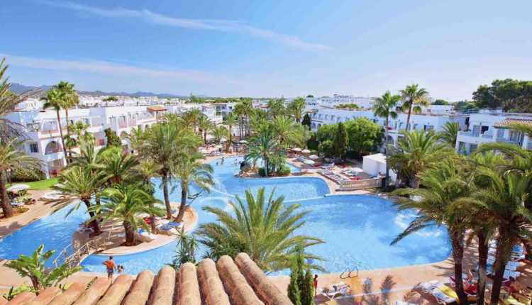 Mallorca: 1 Woche im sehr guten 4* Hotel inkl. Flug, Rail & Fly und Halbpension ab 307€