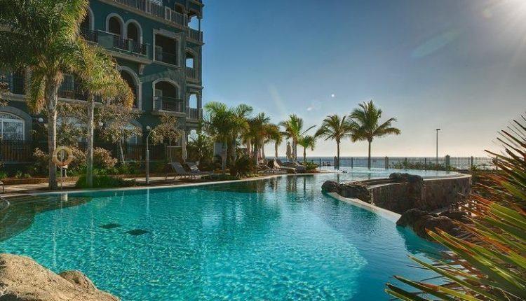 1 Woche Luxus auf Gran Canaria: 5* Hotel inkl. Frühstück, Flug und Mietwagen ab 870€