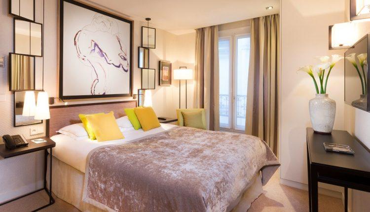 Übernachtung im 4* Hotel direkt am Arc de Triomphe inkl. Frühstück und VIP Tickets für das Louvre ab 94,50€