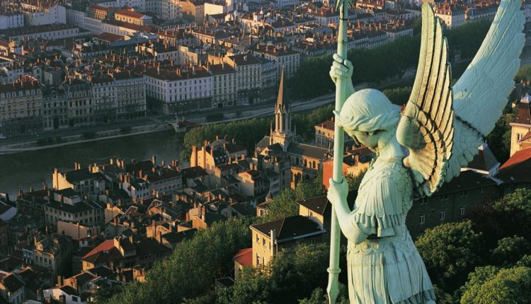 Städtetrip nach Lyon – 4 Tage im 3*Hotel inkl. Frühstück und gratis Wifi für 88€