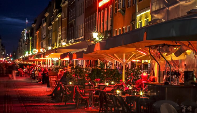 kopenhagen 3 tage im zentralen 3 hotel mit fr hst ck und dinner ab 129. Black Bedroom Furniture Sets. Home Design Ideas