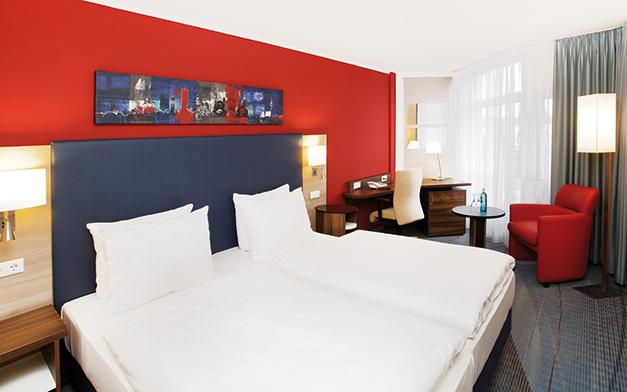 zimmer_01_ramada_hotel_bruehl