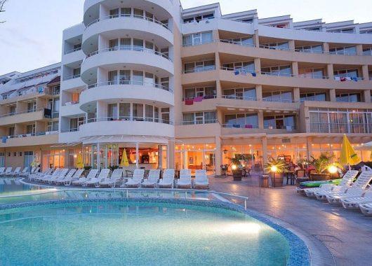 1 Woche Bulgarien im 4* Hotel mit All Inclusive, Flug und Transfer ab nur 181€