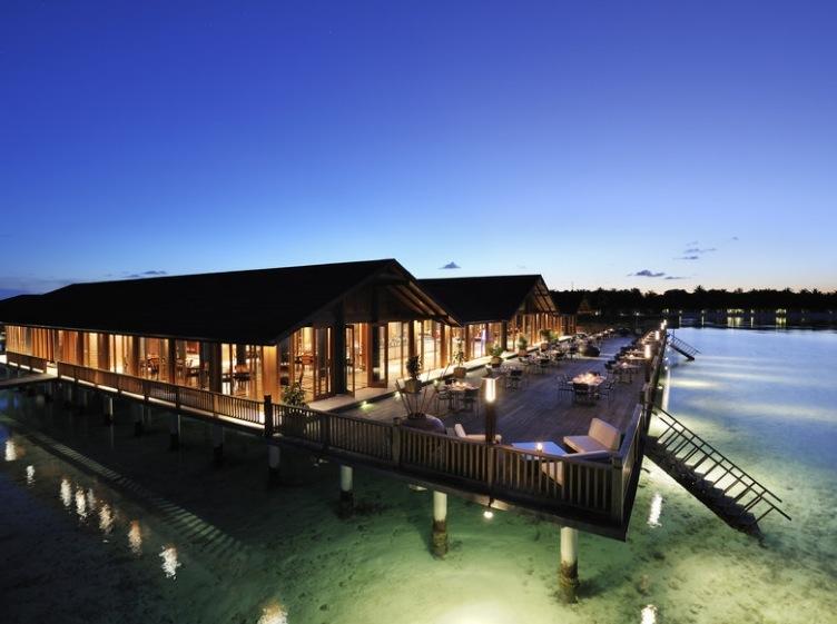 9 tage malediven im 5 resort inkl halbpension flug rail fly und transfer ab 1287. Black Bedroom Furniture Sets. Home Design Ideas