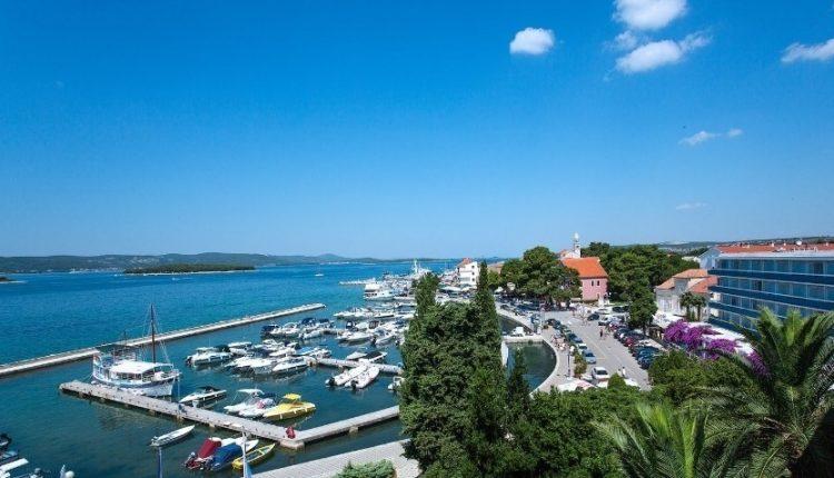 1 Woche Dalmatien im 4* Hotel inkl. Frühstück, Flug, Transfer und Rail&Fly ab 399€