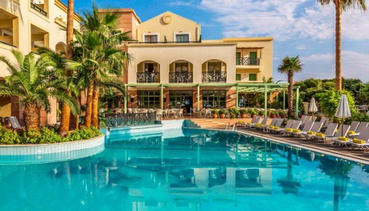 Early Bird: Eine Woche Samos im 4* Hotel inkl. HP, Flug, Rail&Fly und Transfer ab 365€