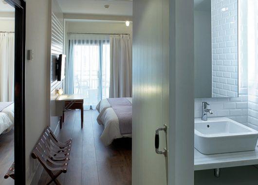 5, 8 oder 15 Tage im frisch eröffneten 4* Hotel in Lloret de Mar: Inklusive Halbpension und Flug ab 279€