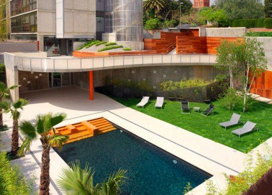 3 Tage Barcelona im Juni: 4* Hotel und Flüge ab 117€