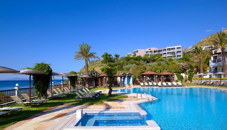 1 Woche Kos im 4* Hotel mit Meerblick inkl. HP, Flug und Transfer ab 466€